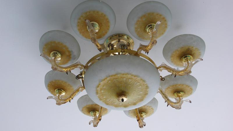 Li-Liu house, chandelier